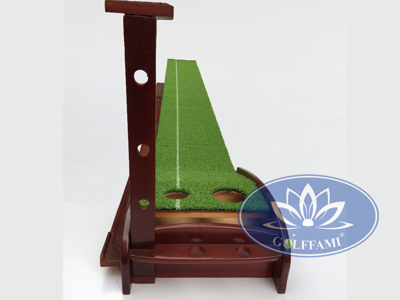 putting golf gỗ